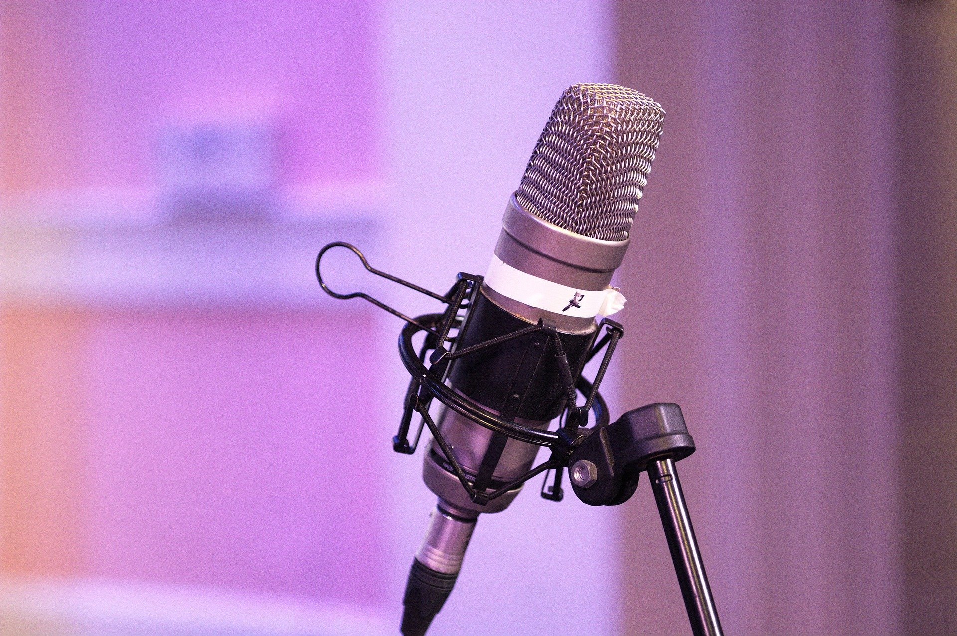 How to Make a Podcast in 2020 (Free Guide to Make Your First Show) - CollectingCents