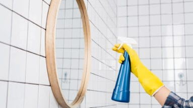 hydrogen peroxide cleaning solution